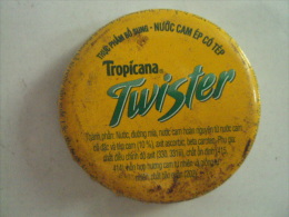 Vietnam Viet nam Twister old logo used crown cap / kronkorken / chapa / tappi