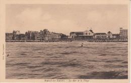 CPA - MALO-LES-BAINS - La Mer Et La Plage - Malo Les Bains
