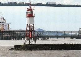Postcard - Stoneness Lighthouse, River Thames. SMH65C - Lighthouses