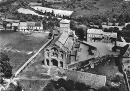 CHATEL-MONTAGNE - L'Eglise Romane - Vue  Aérienne - 1953 - - Neris Les Bains
