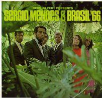 * LP *  HERB ALPERT PRESENTS SERGIO MENDES & BRASIL '66 (England 1966) - Wereldmuziek