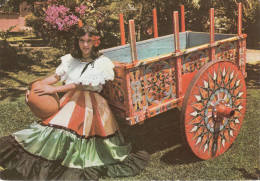 1970 COSTA RICA - VESTIDO Y CARRETA TIPICOS DE COSTA RICA - Costa Rica