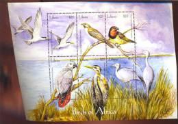 LIBERIA  2272 M   MINT NEVER HINGED MINI SHEET OF BIRDS   ( 0407 - Unclassified