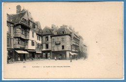 22 - LANNION --  La Place & Les Vieilles Maisons - Lannion