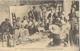 TYPES ET COSTUMES DU POITOU PREPARATION DES TOURTEAUX REPRODUCTION - Poitou-Charentes