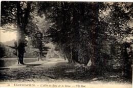 Ermenonville - L´Allée Du Banc De La Reine - Ermenonville