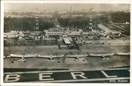 Postcard Aviation RA001831 - Germany Deutschland Berlin Flughafen - Aeródromos