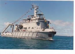 Bateau  Marine  Militaire France A 635  Remorqueur Revi  En Polynesie Tahiti 1989 - Boats