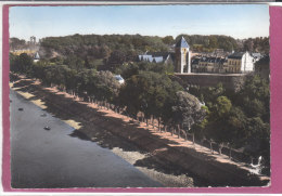 80.- SAINT-VALERY .- La Digue Promenade Et L' Eglise - Saint Valery Sur Somme