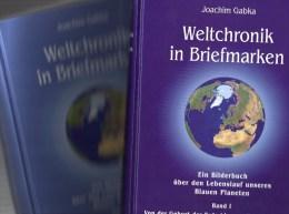 Weltchronik In Briefmarken 1997 Band I+II Gabka 50€ Sachbuch Entstehung Der Erde Mit Je über 800 Postwertzeichen Belegt - Timbres