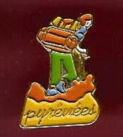 40525--Pin's.Pyrenees.ran Donne.signé Doucet... - Villes