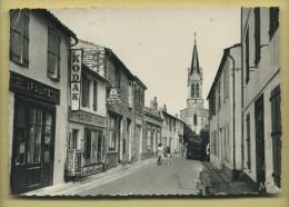 17 Ile Ré La Couarde La Grande Rue  ( Plomberie Zimguerie, Photo Mar Kodak, Voiture ) Cachet De La Poste 1953 - Ile De Ré