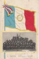 CPA Musique De La Garde Républicaine Groupe Drapeau Carte Colorisée 1903 - Régiments