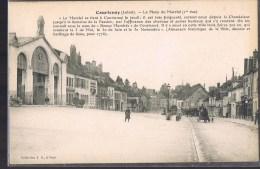 COURTENAY . La Place Du Marché . - Courtenay