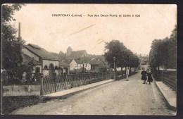 COURTENAY . Rue Des Deux - Ponts Et Usine à Gaz . - Courtenay