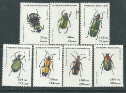 Madagascar N° 1323 H / P  XX  Faune : Insectes, Les 7 Valeurs Sans Charnière, TB - Madagascar (1960-...)