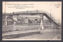 NEUSSARGUES  GARE - La Nouvelle Passerelle Jetée En Dessus Des Voies Du Chemin De Fer - France