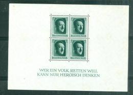 Block Yvert N°8 *trace  De Charnière Très Légère  )  MALB0202 - Deutschland