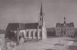 Bourg-Achard 27 - Eglise Et Hôtel De Ville - Editeur Artaux Gaby - Unclassified