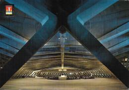 LOURDES - L'immense Basilique Souterraine St Pie X - Lourdes