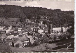 Plombières-les-Bains..belle Vue Du Centre Du Village.. L'Eglise - Plombieres Les Bains