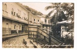 ECUADOR / EQUATEUR - GUAYAQUIL - LAS PENAS, Calle Numa Pupilio Llona - 1925 - RPPC - Ecuador