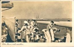 Postcard Militaria RA001879 - Sailors On Battleship - Weltkrieg 1939-45