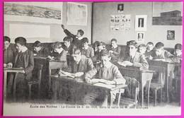 Cpa Ecole Des Roches Classe De 4e De 1908 Dans La Salle De M. Des Granges Superbe Animation Elèves Verneuil Sur Avre 27 - Verneuil-sur-Avre