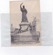 AMIENS (80)La Statue De Pierre L'Ermite - Amiens