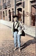 (Portugal) - Costume De Portugal - Vendeur De Journaux - Vendedor De Jornaes - 2 SCANS - Costumes