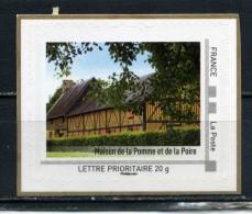 Maison De La Pomme Et De La Poire Adhésif Neuf ** . Collector Basse Normandie 2010 - Collectors