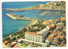06 - CANNES - Le Port, Les Jardins Du Casino Et L´Hôtel MAJESTIC - éd. Yvon N° 10/847 - Cannes