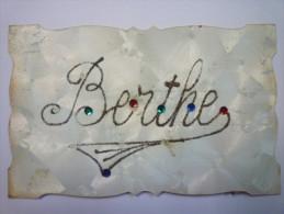 """ BERTHE ""  Jolie Fantaisie Couleur  (2)   1907 - Firstnames"