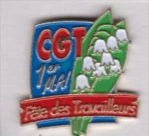 Beau pin's , syndicat CGT , 1er Mai , muguet