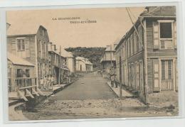 B60 CPA LA  GUADELOUPE Trois Rivières - Autres
