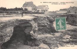 ¤¤  -   41  -    PREFAILLES   -  Grottes Dans La Falaise Et Chalets Sur La Côte   -  ¤¤ - Préfailles