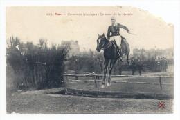 CPA Pau - 498 - Concours Hippique: Le Saut De La Rivière - Pau