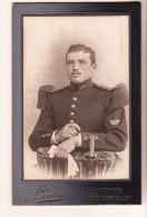 PHOTO  CDV MILITAIRE SOLDAT 151 SUR LE COL Cabinet LEON A VERDUN - War, Military