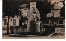 Carte Postale, St Martin D'Auxigny, Monument Aux Morts, Carte Vierge - Autres Communes