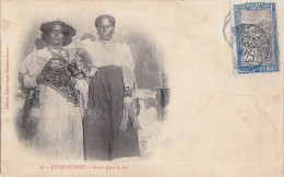 Afrique - Madagascar - Diégo-Suarez -  Femmes Costumes De Bal - Cachet Madagascar Merville Nord 1906 - Madagascar
