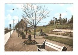 CSM : 78 - Gargenville :  La Gare : Quai De La Gare - Parterres Fleuris - Voies Ferrées - Gargenville