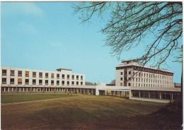 Le Mans St Sarturnin.  Centre Médico - Chirurgical De L'Arche - Le Mans