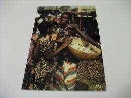 AFRICA COSTUMI  BAMBINI GIOVANE DONNA SUL MERCATO MARKET SENEGAL - Costumi