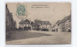 CPA 22 - LAMBALLE - La Place - TB PLAN CENTRE VILLAGE Avec Plan De Magasins - Lamballe