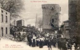 Saissac - Montagne Noire -  Le Champ De Foire Et La Tour - Francia
