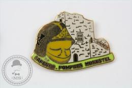 French Fireman/ Firefighter - Sapeurs Pompiers Morestel - Pin Badge #PLS - Bomberos