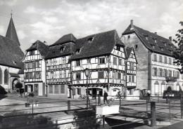-  CPSM  -  67 -  WISSEMBOURG - Vieilles Maisons - Quai Anselmann - 972 - Wissembourg