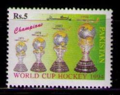 PAKISTAN 1994 - WORLD CUP HOCKEY - YVERT Nº 876 - Pakistan