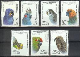 Mua396 FAUNA VOGELS PAPEGAAI ARA KEA PARKIET BIRDS PARROT VÖGEL PAPAGEIEN AVES OISEAUX MALAGASY 1993 PF/MNH # - Papageien