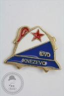 Fireman/ Firefighter IDVD Knezevo, Bosnia And Herzegovina - Pin Badge #PLS - Bomberos